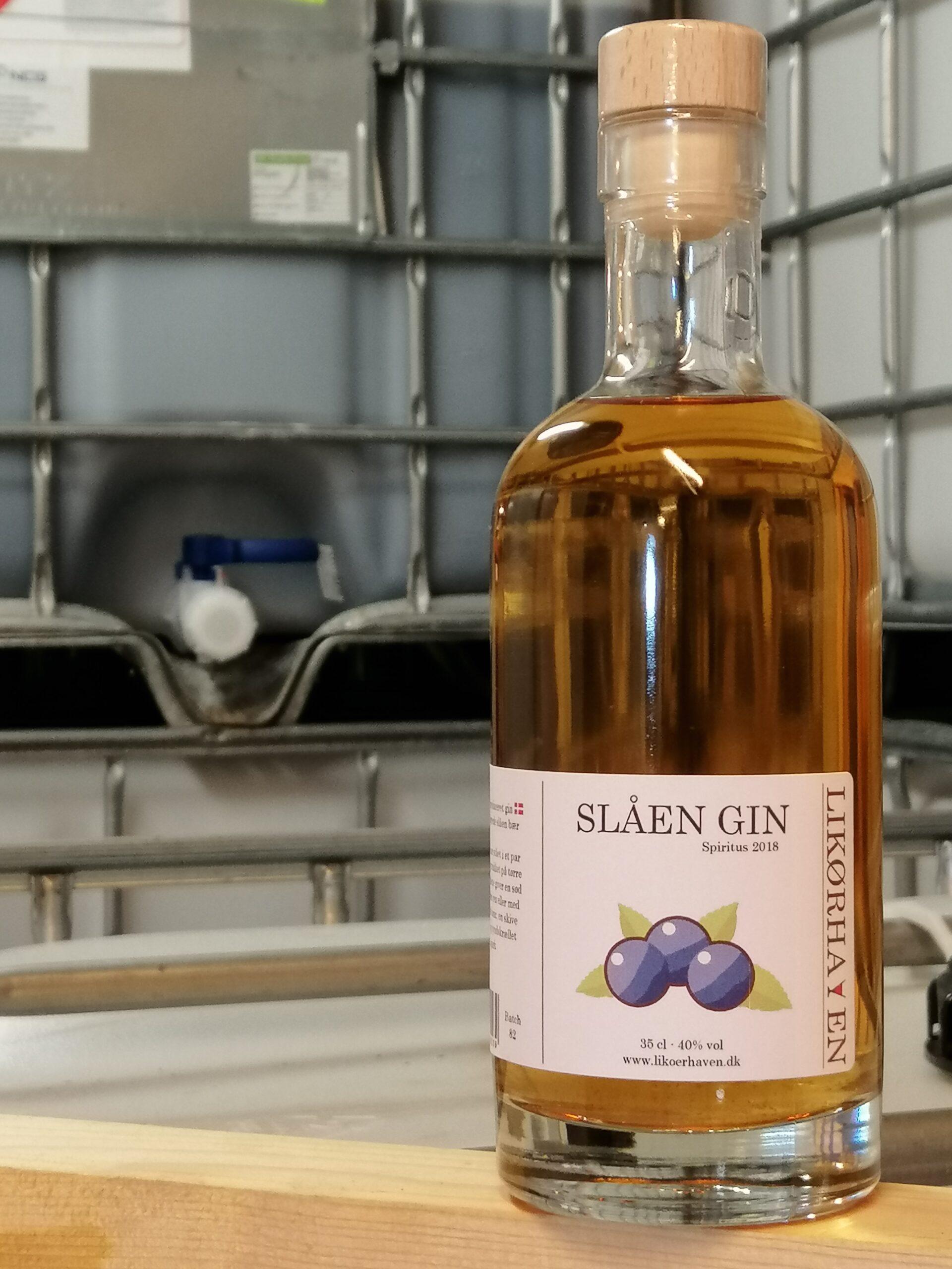 Slåen Gin